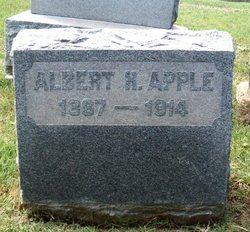 Albert H Apple