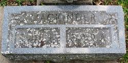 Edith L Mackinder