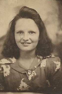Una Lorraine <i>Howerton</i> Dillow