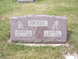 Grace Friedl