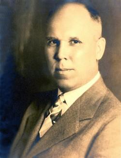 Dr Thomas Hugh Young