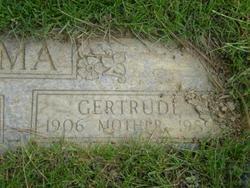 Gertrude Harriet <i>Huisenga</i> Boersma