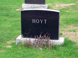 Ralph W Hoyt