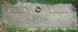 Caroline E Daniel