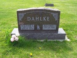 Marjorie <i>Smith</i> Dahlke