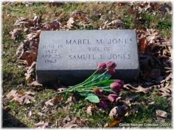 Mabel Grace <i>Moore</i> Jones