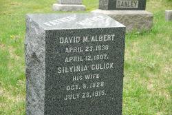 Silvinia <i>Gulick</i> Albert