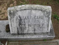 Aslean H <i>Helton</i> Caro