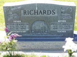 Phyllis <i>Krogue</i> Richards