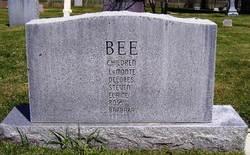 Geneva Annie <i>Larsen</i> Bee