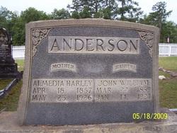 Almedia <i>Harley</i> Anderson