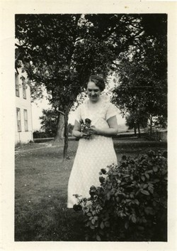 Anna L. <i>Wentling</i> Dunkle