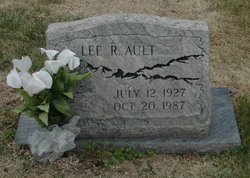 Lee Ray Ault