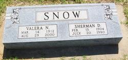 Sherman D Snow
