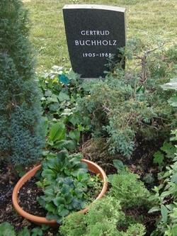Gertrud Buchholz
