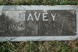Agnes <i>Villa</i> Davey