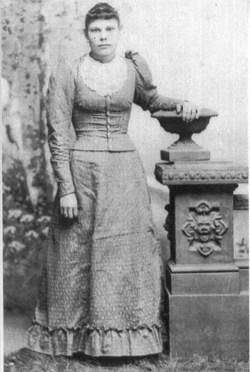 Sarah E Bullard