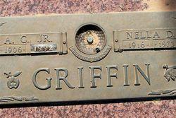 Nella Dean <i>Hunt</i> Griffin