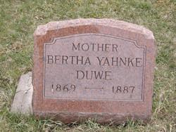 Bertha <i>Yahnke</i> Duwe