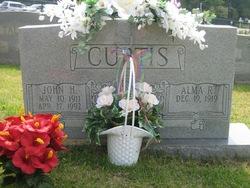 Alma Curtis