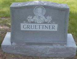 Theresa <i>Schwabe</i> Gruettner