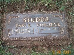 Dorothy L <i>McCullins</i> Studds