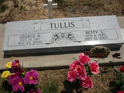 Betty Lou <i>Kemmerer</i> Tullis