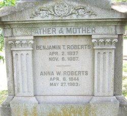 Benjamin T Roberts