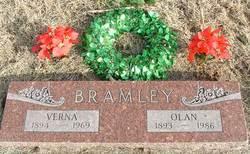 Verna <i>Leslie</i> Bramley