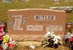 Betty Sue <i>Liles</i> Butler