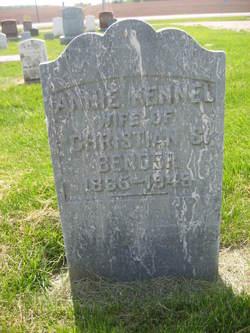 Annie <i>Kennel</i> Bender