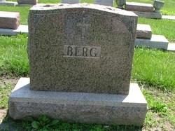 Susan <i>Heiser</i> Berg
