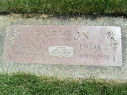 Helen Eva <i>Hansen</i> Snelson