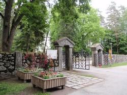 Ahvenisto Cemetery