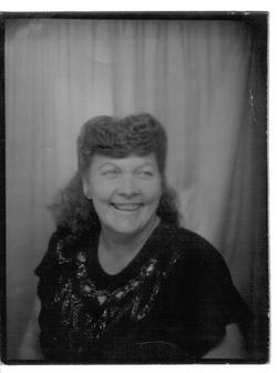 Evelyn Eva <i>Wells</i> Metcalf