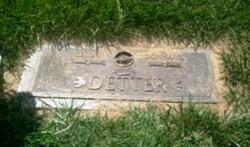 Donna Marie <i>Peterson</i> Detter