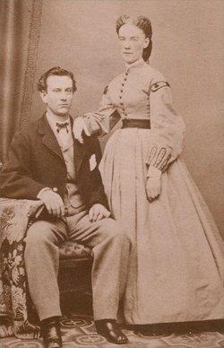 Elizabeth Hicks <i>Wood</i> Hunt