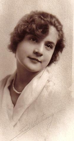 Ida Elsie <i>Hacker</i> Leemann
