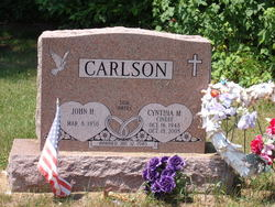 Cynthia <i>Lamar</i> Carlson