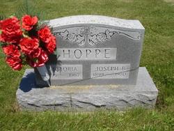 Victoria <i>O'Hotto</i> Hoppe