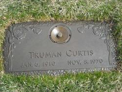 Truman Curtis