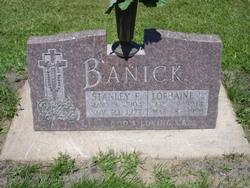 Lorraine <i>Donek</i> Banick