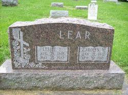 Leslie E Lear