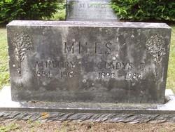 Gladys E Miles