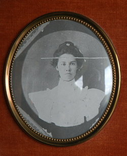Mrs Martha Jane Mattie <i>Hibbard</i> Cromwell Phillips