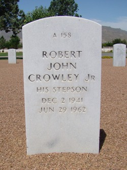 Robert John Crowley, Jr