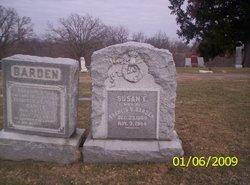 Susan E <i>Smith</i> Barden