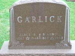 R Arnoll Garlick