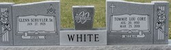 Tommie Lou <i>Core</i> White