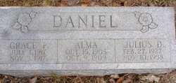Alma Daniel